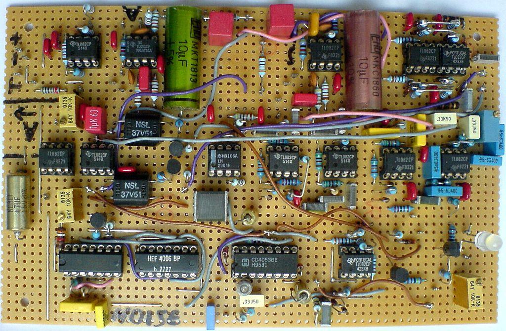 vocoder2 Vocoder Schematic on limiter schematic, guitar schematic, wah schematic, ring modulator schematic, linear predictive coding, noise gate schematic, theremin schematic, radio schematic, vibrato schematic, mixer schematic, computer schematic, overdrive schematic, talk box, pitch shifter schematic, chorus schematic, trautonium schematic,